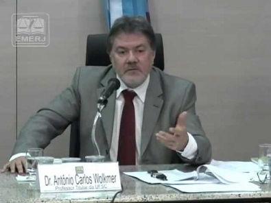 12/07/2013 - Curso de Sociologia Jurídica: Pluralismo Jurídico