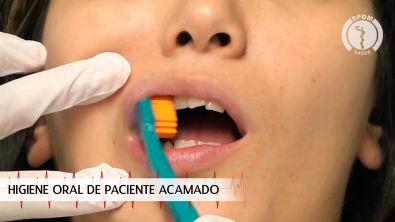 Higiene Oral do Paciente Acamado