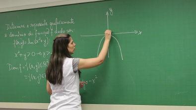 Cálculo Diferencial e Integral II [Funções de várias Variáveis 01]