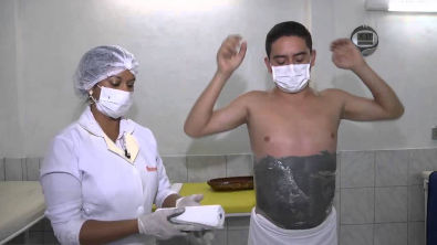 Gessoterapia: técnica usada para modelar o corpo, combater a celulite e a flacidez