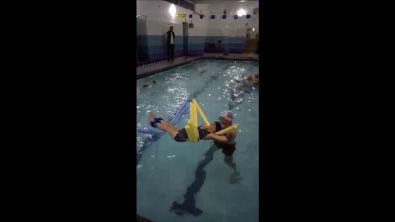 Simulação de atendimento hidroterapêutico em paciente com fibromialgia