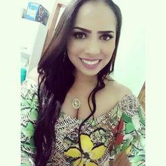 Letícia Carolina Moro