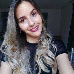 Aline  Guimarães