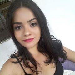 Ana Hellen Carvalho