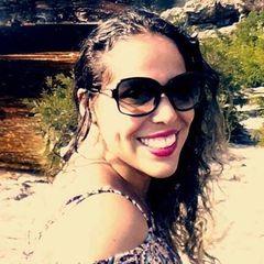 NATHALIA Freitas