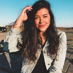 Júlia  Barros