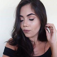 Daiana  Soares