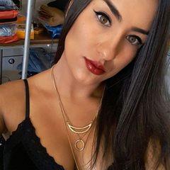 Danielle  Leal