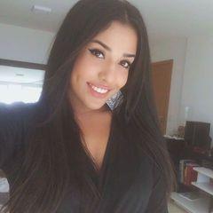 Larissa  Desiree