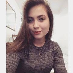 Leticia  Cruz