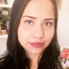 Ana Claudia Andrade Oliveira