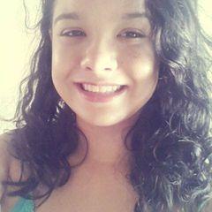 Isabelle Sousa Ribeiro