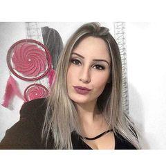 Laura  Zanatta