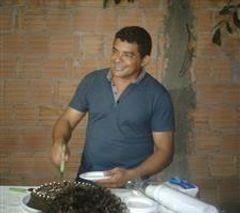 Lucival Gomez
