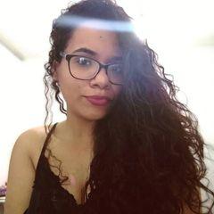 Thaina  Mariano