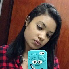 Thais  Paula