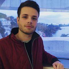Nikolas  Oliveira