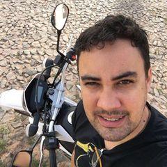 Adeliton  Oliveira