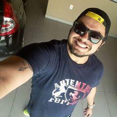 Nayum  Teixeira