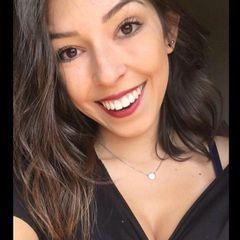 Nathália  Gomes