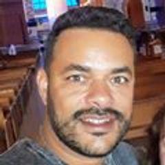Danilo  Moreira