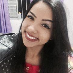 Nayara Santos