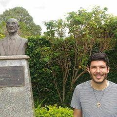 Vinícius Prado Almeida