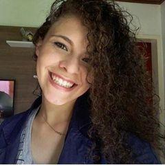 Larissa  Guimarães