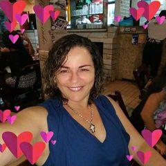 Angelina  Queiroz