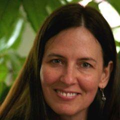Suzana  Farias