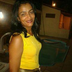 Fatima  Santana