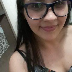 Angelina  Moura