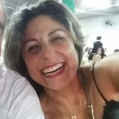 Débora Carneiro Stornelli Teixeira