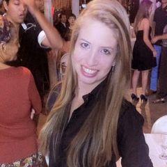 Débora Araújo