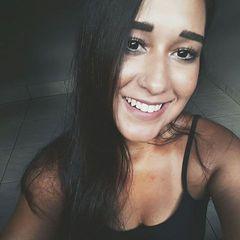 Giuliana  Moreira