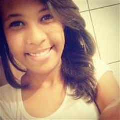 Iasmin Santos