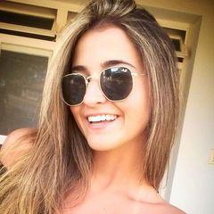 Laura  Malheiros
