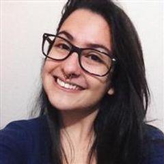 Fernanda Leal dos Santos