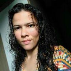 Níllia Nogueira