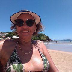 Iris  Oliveira