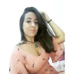 Mariana  Caroline