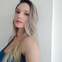 Francine  Souza