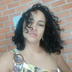 Raquel  X Emerson