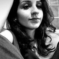 Débora  Senna Rezende