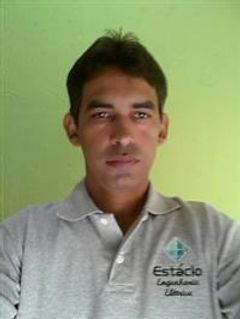 Eduardo  Lesc