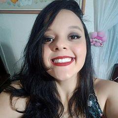 Larissa  Helen