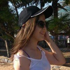 Larissa Cruz
