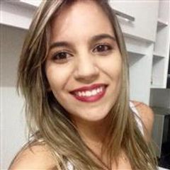 Tainá Queiroz