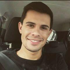 Alvaro  Rezende