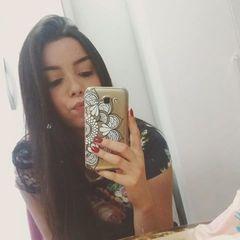 Larisse  Moreira